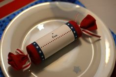 of July Crackers - The tube is simply a paper towel roll (or toilet tissue roll) wrapped in crepe paper. I designed the labels to coordinate with the theme and tied the ends with ribbon. 4th Of July Celebration, 4th Of July Party, Fourth Of July, Summer Crafts, Crafts For Kids, July Crafts, Holiday Crafts, Holiday Fun, Summer Fun