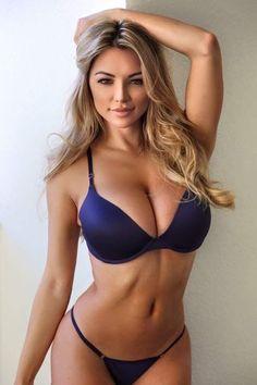 Lindsey Pelas bikini