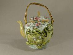 Japanese Porcelain Teapot With Molded Tiger Circa 1910 - Antique Animal Teapot Tea Pot