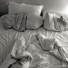 This is why we should always make our beds in the morning and I never knew why till now.  This unmade bed makes me want to crawl into it and I am unsure I wouldn't crawl in even if I was visiting a friend/family/pretty much anyone.  Lol!!  Never dismiss a nap.