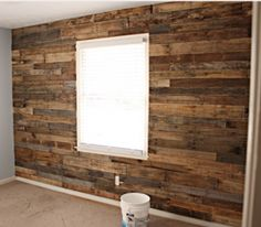 palette wood accent wall! This is SO cool!!! I would love to do something like this... Gotta run it by my hubby.