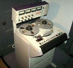 Reel to Reel Tape Recorder - www.remix-numerisation.fr - Rendez vos souvenirs durables ! - Sauvegarde - Transfert - Copie - Restauration de bande magnétique Audio - MiniDisc - Cassette Audio et Cassette VHS - VHSC - SVHSC - Video8 - Hi8 - Digital8 - MiniDv - Laserdisc
