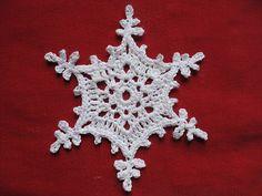 Ravelry: Polaris pattern by Caitlin Sainio from 100 snowflakes