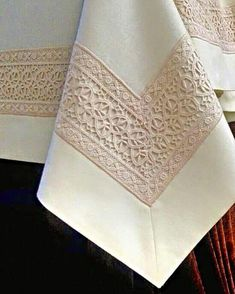 Lace Curtains, Woven Rug, Vintage Lace, Bed Spreads, Handmade Rugs, Table Runners, Needlework, Weaving, Embroidery