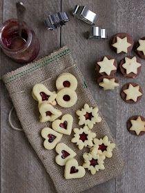 Pradobroty: Linecké cukroví Christmas Baking, Christmas Cookies, Czech Desserts, Galletas Cookies, Wonderful Recipe, Christmas 2016, Brownie Recipes, Gingerbread Cookies, Food To Make