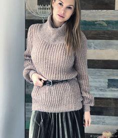 A(z) 446 legjobb kép a(z) Women s fashion táblán ekkor  2019 ... 6fe479dabd