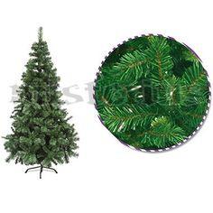 Árvore de Natal artificial verde de 2,40 mt de altura, com cerca de 1260 ramos. Preço: 220 €