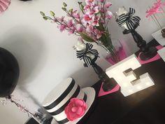 Paris pink, blank and white Paris, Pink, The Creation, Montmartre Paris, Paris France, Pink Hair, Roses