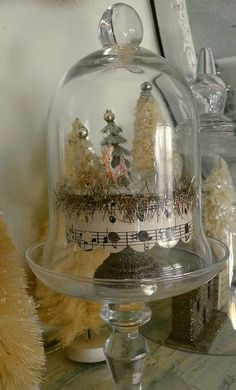 Winter Woodland #vignette #glass #dome #cloche #glitter #vignette