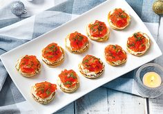 Free wasabi pikelets with salmon, cream cheese and dill recipe. Try this free, quick and easy wasabi pikelets with salmon, cream cheese and dill recipe from countdown.co.nz.