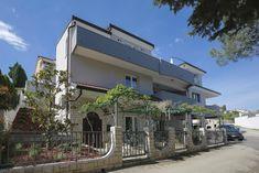 Kép a szállásról a galériában Merida, Villa, Mansions, House Styles, Home, Decor, Dolphins, Ad Home, Luxury Houses