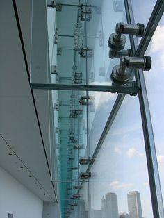 конструкции остекление Glass facade detail by tasawa69, via Flickr