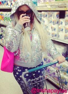 Cute Outfit and Purse @Trish Papadakos Papadakos Papadakos Papadakos - DAiSYS & dots Paytas