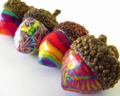 Crafts & Home Decor Dishfunctional Designs: Acorn Crafts & Home Decor.I love acorns but they are hard to find in Cali.Dishfunctional Designs: Acorn Crafts & Home Decor.I love acorns but they are hard to find in Cali. Nature Crafts, Fall Crafts, Crafts To Make, Home Crafts, Christmas Crafts, Crafts For Kids, Arts And Crafts, Diy Crafts, Acorn Crafts