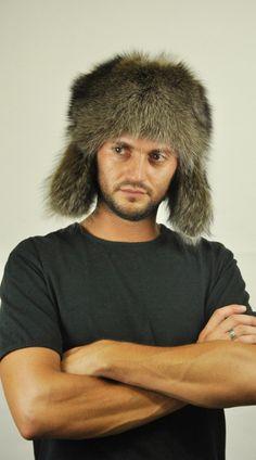 Cappello in marmotta con copriorecchie. http://www.amifur.com
