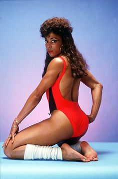 Body Reference Poses, Pose Reference Photo, Florence Griffith Joyner, Flo Jo, Figure Drawing Models, Foxy Brown, Vintage Black Glamour, Black Actresses, Cool Poses