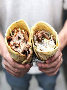 Doner Kebabs, Bruschetta, Kebab Recipes, Kielbasa, Polish Recipes, Street Food, Food And Drink, Yummy Food, Dinner