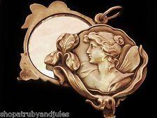 Superb Antique Art Nouveau Fritz Falk Silver Swivel Mirror Pendant Locket C 1900 Victorian Jewelry, Antique Jewelry, Vintage Jewelry, Antique Locket, Antique Art, Vintage Lockets, Vintage Charm Bracelet, Art Nouveau Jewelry, Gold Art