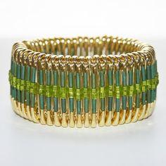 Spring Green - Safety Pin Bracelet by MysticLily Safety Pin Art, Safety Pin Crafts, Safety Pins, Safety Pin Bracelet, Safety Pin Jewelry, Jewelry Art, Unique Jewelry, Jewelry Design, Jewelry Ideas