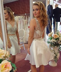 Ulass+2018+Short+Prom+Dress,+Sexy+Sleeveless+A+Line+Prom+Dresses,+Beaded+Homecoming+Dress+PP8528    This+dress+could+be+custom+made,+there+are+no+extra+cost+to+do+custom+size+and+color.    Description+  1,+Processing+time:+20+business+days+  Shipping+Time:+7-10+business+days    Fabric:Tulle  Neck...