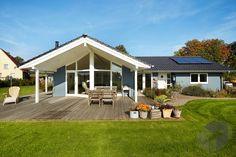 Dieses Und Viele Häuser Mehr Gibt Es Auf Fertighaus.de U2013 Ihr Hausbau Aus  Einer Hand: Schnell, Preiswert Und Von Geprüften Anbietern.