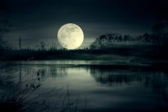 Quick Tips for Photographing the Full Moon or Supermoon
