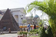 Marktplatz mit Pyramide, Market Square and the Pyramid
