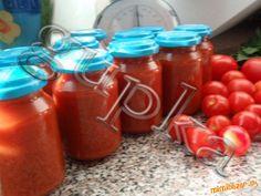 Domáci kečup - fajnový Tomato Sauce Recipe, Sauce Recipes, Hot Sauce Bottles, Vegetables, Food, Red Peppers, Dip Recipes, Meal, Essen