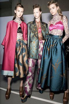 per la primavera/estate 16 dries van noten ci porta a hollywood Paul Poiret, Paris Mode, Fashion Images, Fashion Colours, Bellisima, Catwalk, Personal Style, Fashion Photography, Spring Summer