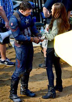 Chris Evens & Elizabeth Olsen filming Captain America Civil War
