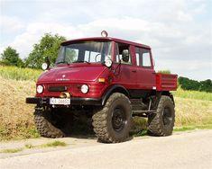 Jeep Truck, 4x4 Trucks, Lifted Trucks, Cool Trucks, M Benz, Benz Car, Off Roaders, Mercedes Benz Unimog, Offroad