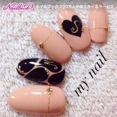 Nude, black & gold Japanese nail art