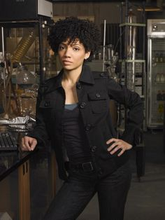 JASIKA NICOLE PRUITT (@FringeLabRat) is an American actress and illustrator from Birmingham, Alabama. She is best known for portraying Astrid Farnsworth in the Fox television series Fringe.Nicole studied dance, voice and theatre at Catawba College.