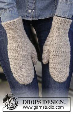 DROPS Extra - Free knitting patterns and crochet patterns by DROPS Design Crochet Mitts, Crochet Mittens Pattern, Bonnet Crochet, Crochet Gratis, Crochet Gloves, Knitting Patterns Free, Free Knitting, Free Crochet, Knit Crochet
