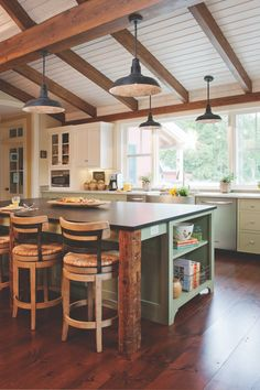 Crown Point Cabinetry creates custom handcrafted cabinets for any old-house room. *This pin is sponsored by Crown Point Cabinetry. Big Kitchen, Kitchen Items, Kitchen Decor, Kitchen Island, Kitchen Modern, Rustic Kitchen, Country Kitchen, Farmhouse Stools, Farmhouse Front