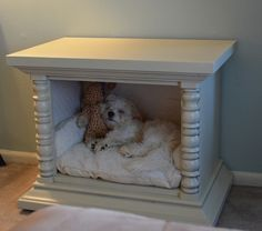DIY Dog Bed ....would have to use a sofa table. My puppy is way too big for an and end table-sized bed.