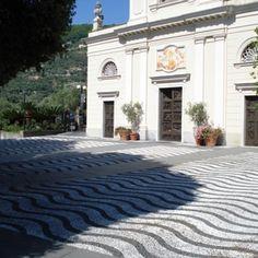 Sistemazione della piazza della chiesa di S.Ambrogio photo n.1