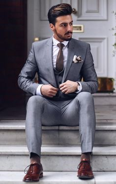 Best mens suits, best wedding suits for men, mens fashion suits, man suit w Best Suits For Men, Trendy Suits, Best Wedding Suits For Men, Man Suit Wedding, Mens Suits 2018, Tuxedo Wedding, Wedding Men, Blue Wedding, Wedding Flowers