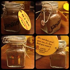 LOVE THIS IDEA! Creative gift idea for a senior softball player. Depending on where they play - infield or outfield Senior Softball, Softball Party, Senior Day, Softball Crafts, Softball Players, Girls Softball, Fastpitch Softball, Softball Stuff, Softball Wedding