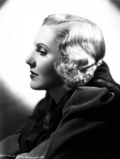 Jean Arthur pictures and photos Hollywood Walk Of Fame, Golden Age Of Hollywood, Hollywood Stars, Classic Hollywood, Old Hollywood, Hollywood Pictures, Classic Movie Stars, Classic Films, Classic Actresses