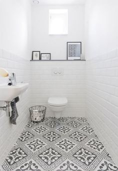 Bathroom Color Ideas With the Most Likes (COMPLETE) Dreaming House - Wohnkultur // Badezimmer im Erdgeschoss - Bathroom Decor Small Toilet Room, Small Bathroom, Bathroom Inspiration, Bathroom Color, Small Bathroom Makeover, Bathroom Makeover, Toilet Room, Tile Bathroom, Small Toilet