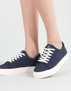 285e79df 14 Best zapatillas azules images in 2018   Casual outfits, Casual ...