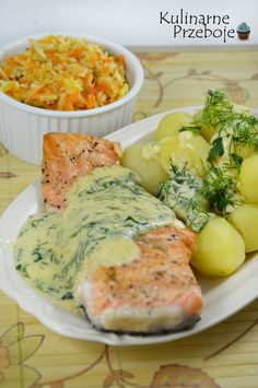 Łosoś w sosie śmietanowo - musztardowym z koperkiem. Fish Recipes, Lunch Recipes, Seafood Recipes, Vegetarian Recipes, Dinner Recipes, Cooking Recipes, Healthy Recipes, Foods With Gluten, Fish Dishes