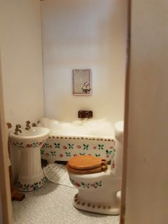 Toilet, Bathroom, Bath Room, Litter Box, Bathrooms, Bath, Toilets, Bathing, Powder Rooms
