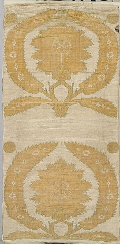Kaftan  Object Name:     Fragments of a robe Date:     second half 17th–early 18th century Geography:     Turkey Culture:     Islamic Medium:     Silk, metal wrapped thread; taqueté (seraser)