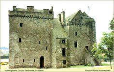 Huntingtower Castle, Perthshire, Scotland. Побудуй свій замок з конструктора http://eko-igry.com.ua/products/category/1658731