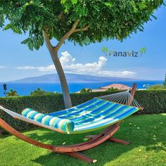 """A lazy Sunday afternoon on Maui, Hawaii. Photography by Hawaii Life, Maui Hawaii, Lazy Sunday Afternoon, Europe, Outdoor Furniture, Outdoor Decor, Sun Lounger, Interior And Exterior, Photography"