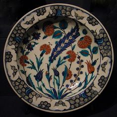 15th-century plate from Iznik in northeastern Turkey.