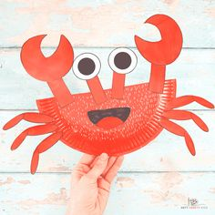 Learn how to make this Paper Plate Crab Craft with our easy to follow step-by-step tutorial. Crabs are the perfect subject for a Summer craft session with the kids and this super easy crab craft will delight Arty Crafty Kids with its easy to color and cut shapes. Paper Animal Crafts, Sea Animal Crafts, Animal Crafts For Kids, Paper Animals, Crafts For Kids To Make, Animals For Kids, Paper Plate Crab, Paper Plates, Crab Crafts
