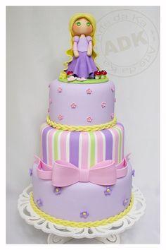Rapunzel cake...
